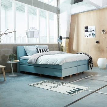 Boxspringbett in Blau