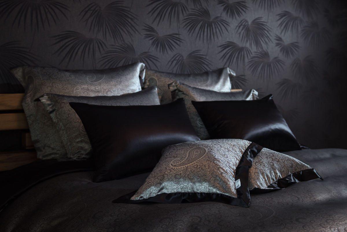 seidenweber collection deckenbezug gemustert aus 100. Black Bedroom Furniture Sets. Home Design Ideas
